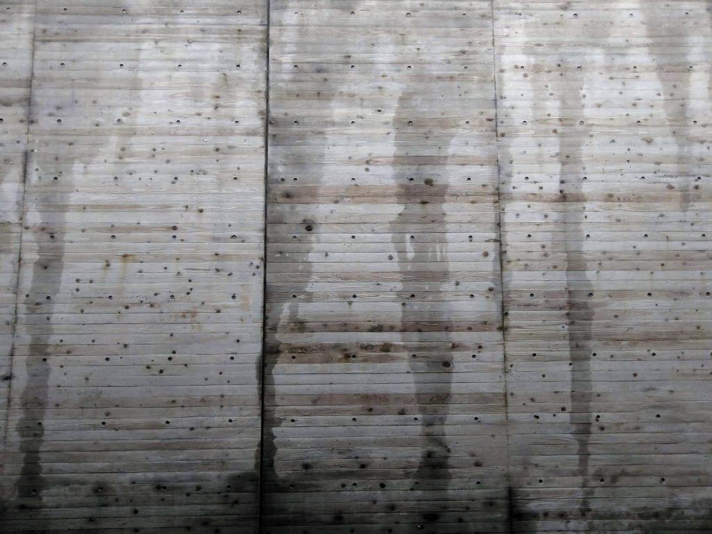 本実のコンクリート化粧補修 打ち放しコンクリート補修